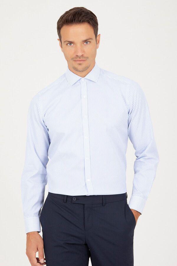 Açık Mavi Klasik Çizgili Gömlek