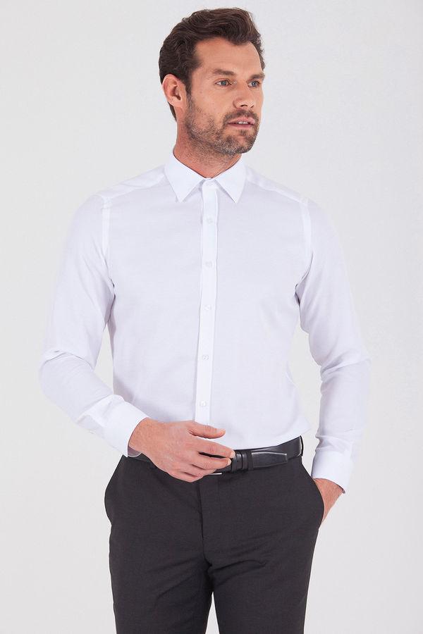 Desenli Beyaz Klasik Gömlek