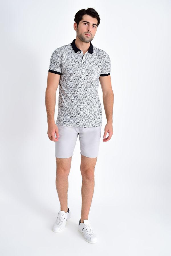 Beyaz Siyah Desenli Polo Yaka Tişört