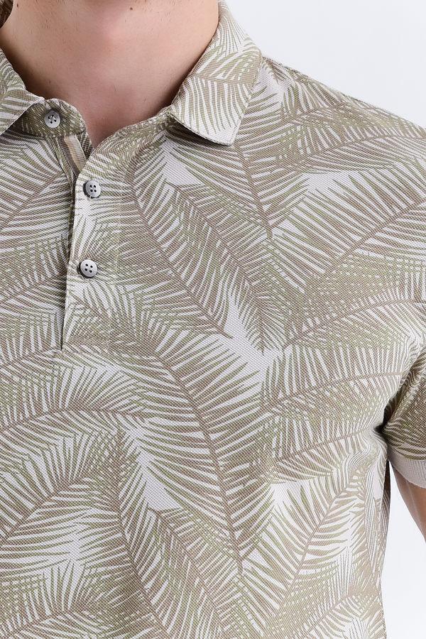 Bej Yaprak Desenli Polo Yaka Tişört