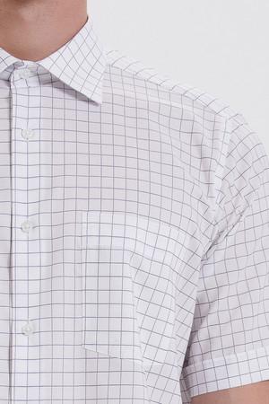 Kısa Kol Beyaz Kareli Klasik Gömlek - Thumbnail