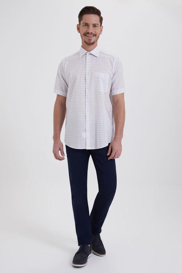 Kısa Kol Beyaz Kareli Klasik Gömlek