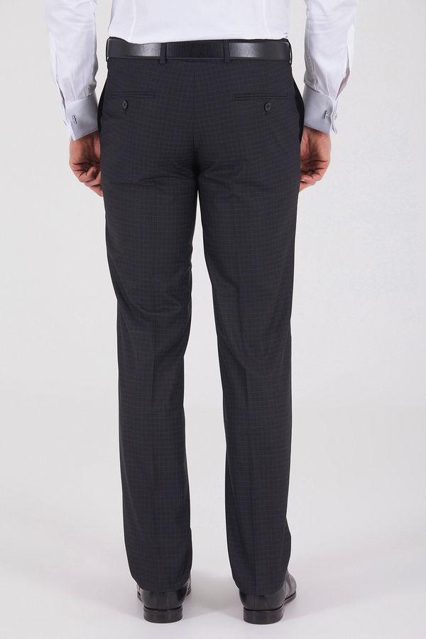 Siyah Pötikareli Klasik Fit Kumaş Pantolon