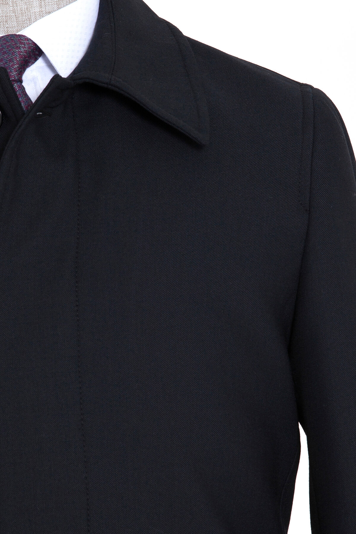 Siyah Bebe Yaka Palto